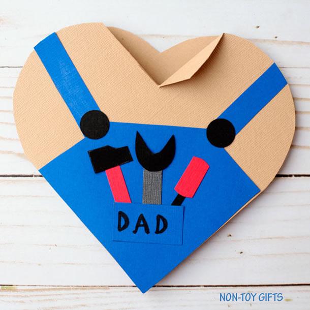 cartao-para-o-dia-dos-pais-coracao-ferramentas