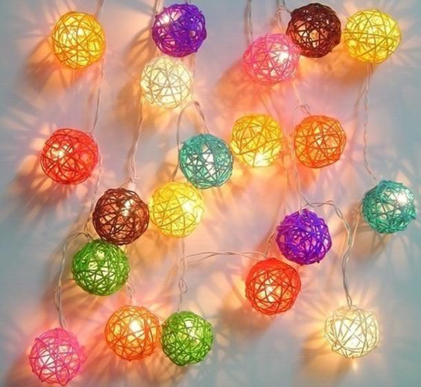 decoracao-de-natal-simples-bolas-barbante