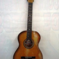 GUITARRA- $140000