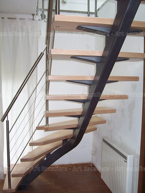 Mastro escalier limon central  Art Escaliers