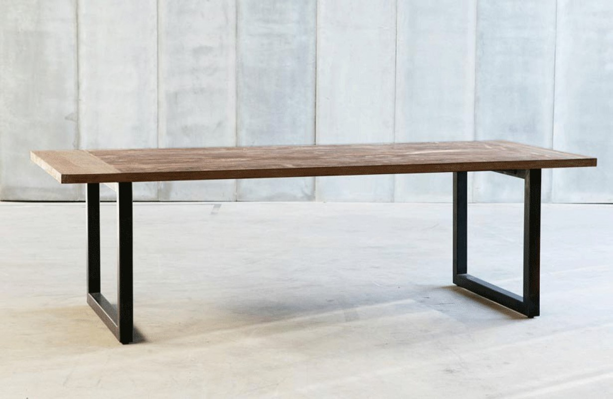 Arty Dining Table