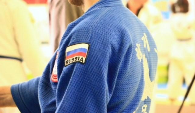 MASTER S.CABALLERO REALIZA UN SEMINARIO DE ARTES MARCIALES FILIPINAS EN RUSIA