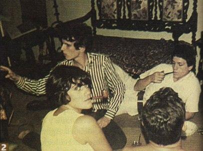 """""""El Flaco"""" de adolescente en los 60, junto a Emilio Del Guercio y Patricia Bustamante, la muchacha ojos de papel."""