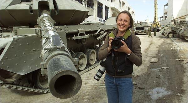 Alexandra Boulat, fotografa in prima linea – Storie di Fotografie