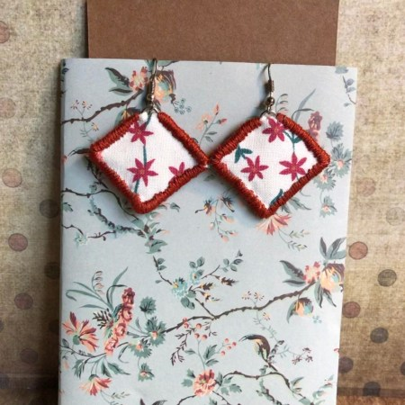 boucles d'oreilles textiles fleurettes oranges artexture créations