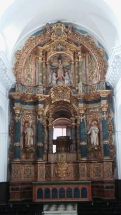 Altar mayor de la Capilla de la Virgen de las Cuevas en el Monasterio de la Cartuja