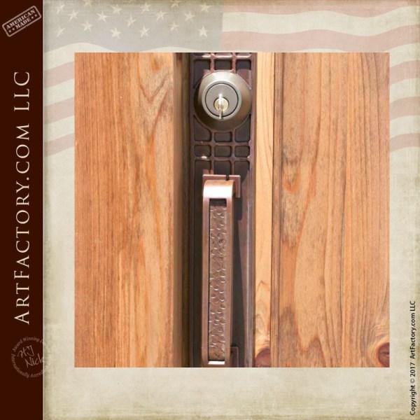 American craftsman style door pull