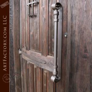 decorative scroll backplate handle