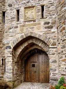Custom Doors - Eilean Donan Castle Entry Door - 1973CDT