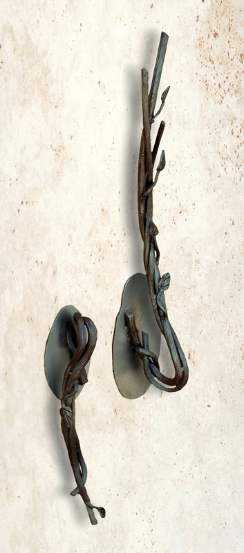 Door Pull - Wild Vine And Leaf Master Crafted Hand - HH157