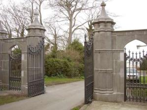 Entry Gates - Howth Castle 14th Century Ireland -  IG1204
