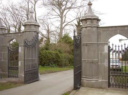 Entry Gates - Howth Castle 14th Century Ireland -  IG1204