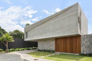 Casa en Gris / 3+ ideas frescas para la fachada y el interior • 333+ Imágenes • [ArtFacade]