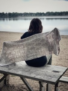Sentiers (Trails) Shawl (Free Pattern)