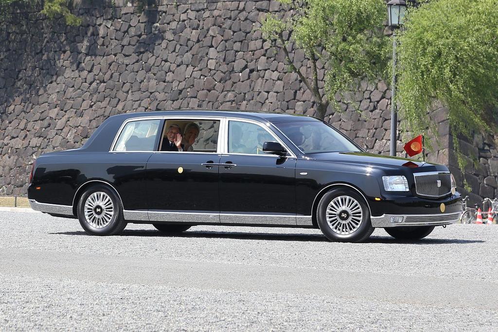 4 Mobil Jepang Yang Memungkinkan Kaisar Untuk Menggunakannya