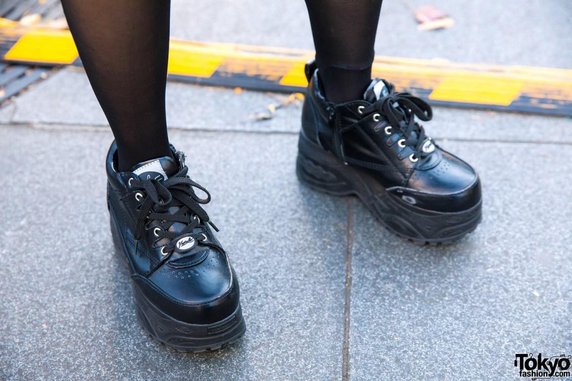 Tampilan Trendy Dengan Pelajar Bernama Saki Dalam Fashion Jepang