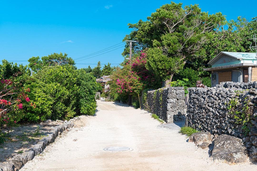 Nikmati Suasana Tradisional Dan Pantai Yang Indah Di Pulau Taketomi