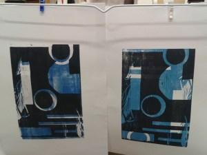 Holzschnitt- Drucke auf dem Wäscheständer.....