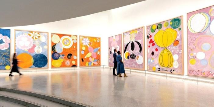 """Geral da exposição """"Hilma af Klint: Paintings for the Future"""", no Guggenheim"""