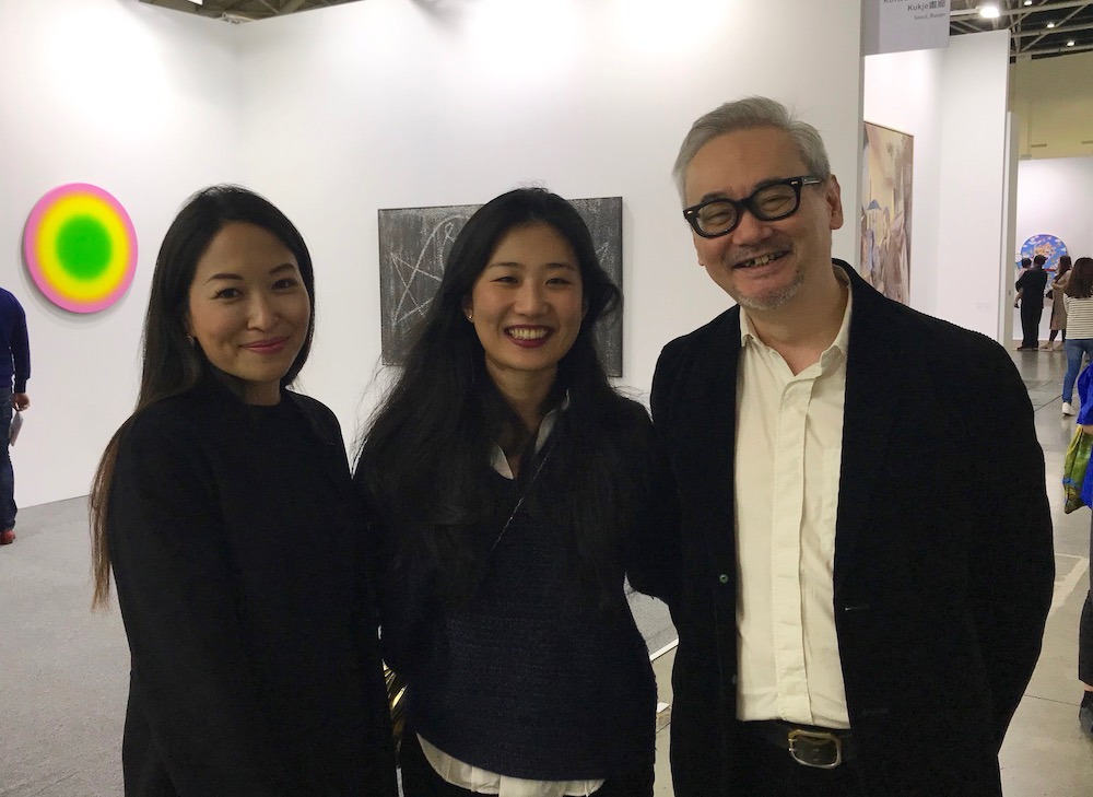 Domus Collection's Rosy Wu, Mine Project's Emerald Mou, and Gallery Exit director AnthonyTao.