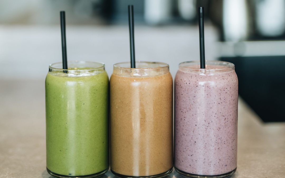 4 Easy Breakfast Smoothie Recipes to Make