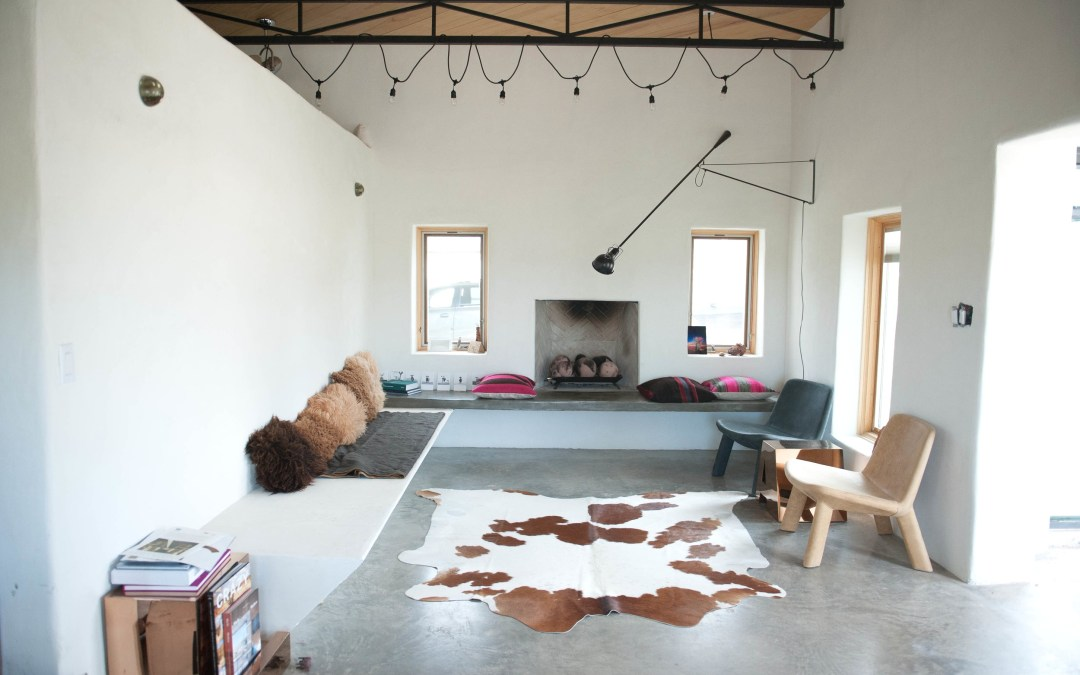 Airbnb's Remote Marfa House Allows Guests to Entirely Unplug