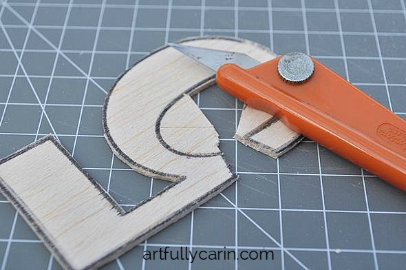 Best Tool For Cutting Wood Shapes