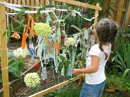 How to Make a Garden Loom