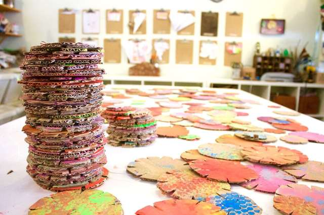 Painted cardboard building discs for kids