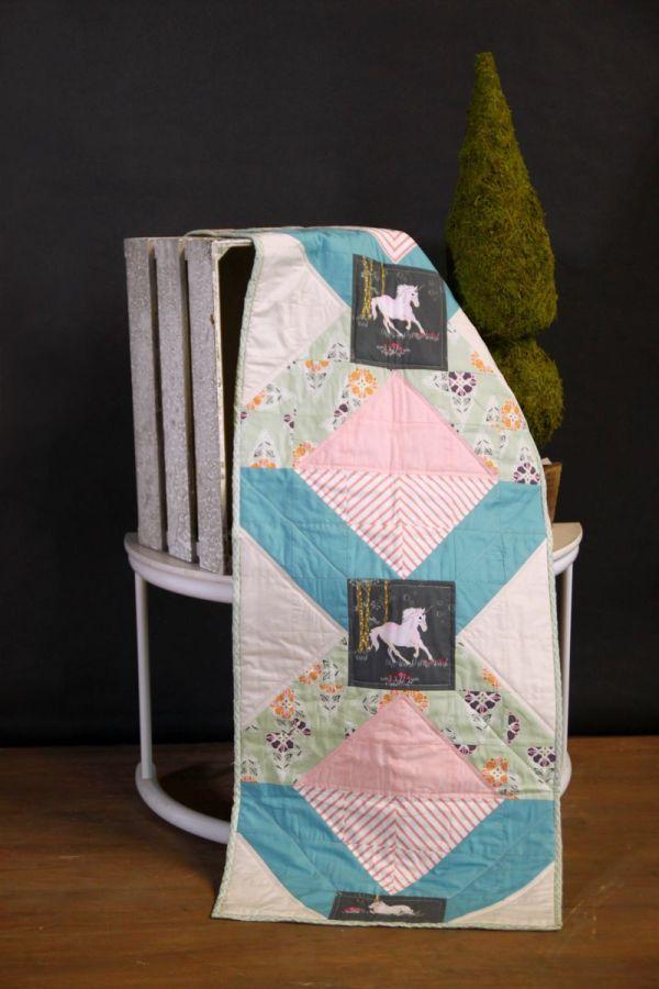 Fantasia Fabrics Enchanting Table Runner Tutorial - Art