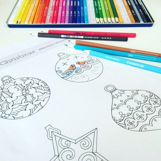 Étiquettes à colorier par Johanna Basford