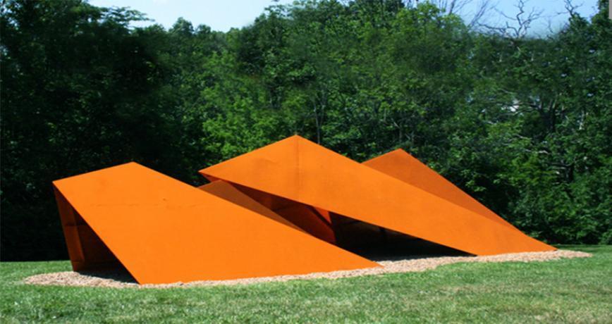Альфа. 1973 - 75. Фарбована кортен-сталь. 3.35 x 12.2 x 4.7 м