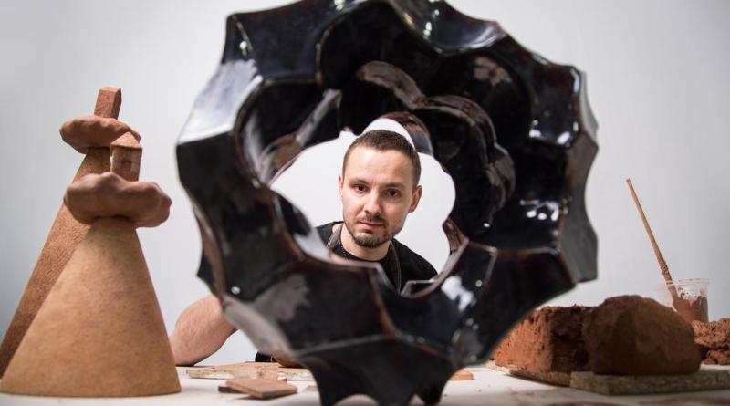 Тизер-передчуття виставки абстрактної скульптури CORPUSCULUM II