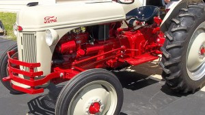 Arthurs Tractors – Specializing in Vintage Ford Tractor