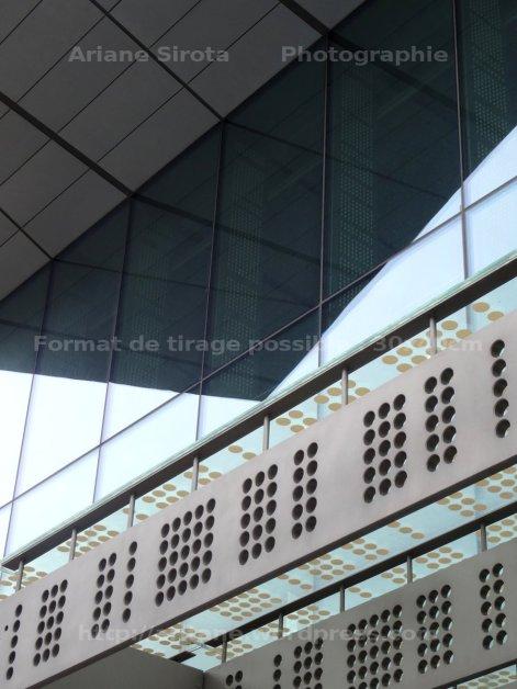pointing façade