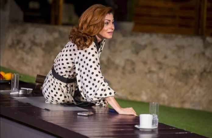 Η Αλεξία Καλτσίκη στον ρόλο της Διάνας. Φωτογραφία: Πηνελόπη Γερασίμου