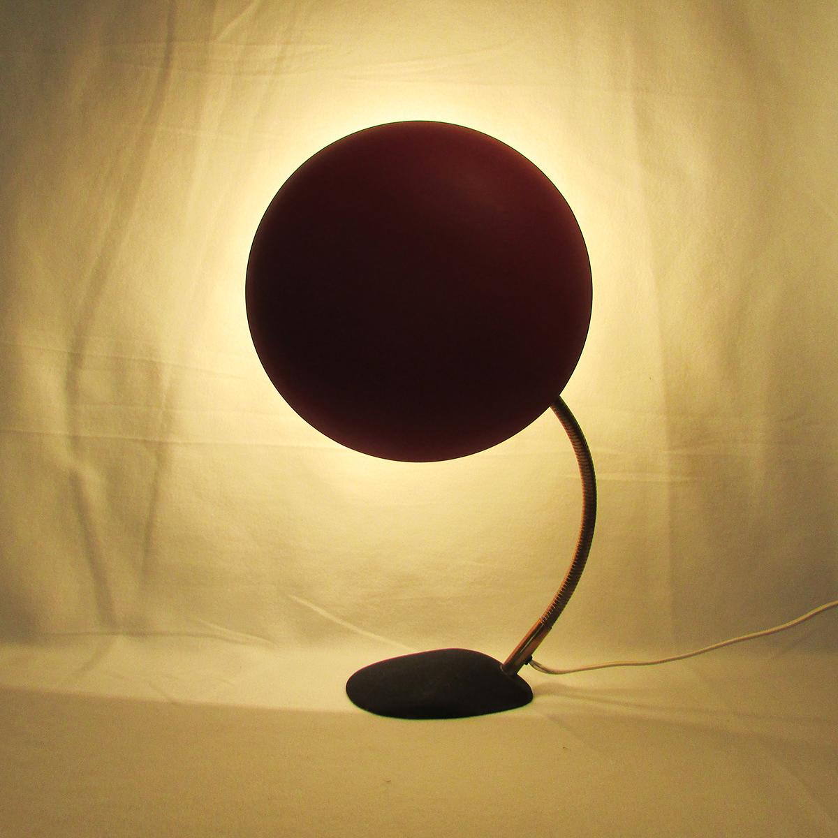 bag-turgi-red-desk-lamp-swiss-design-vintage