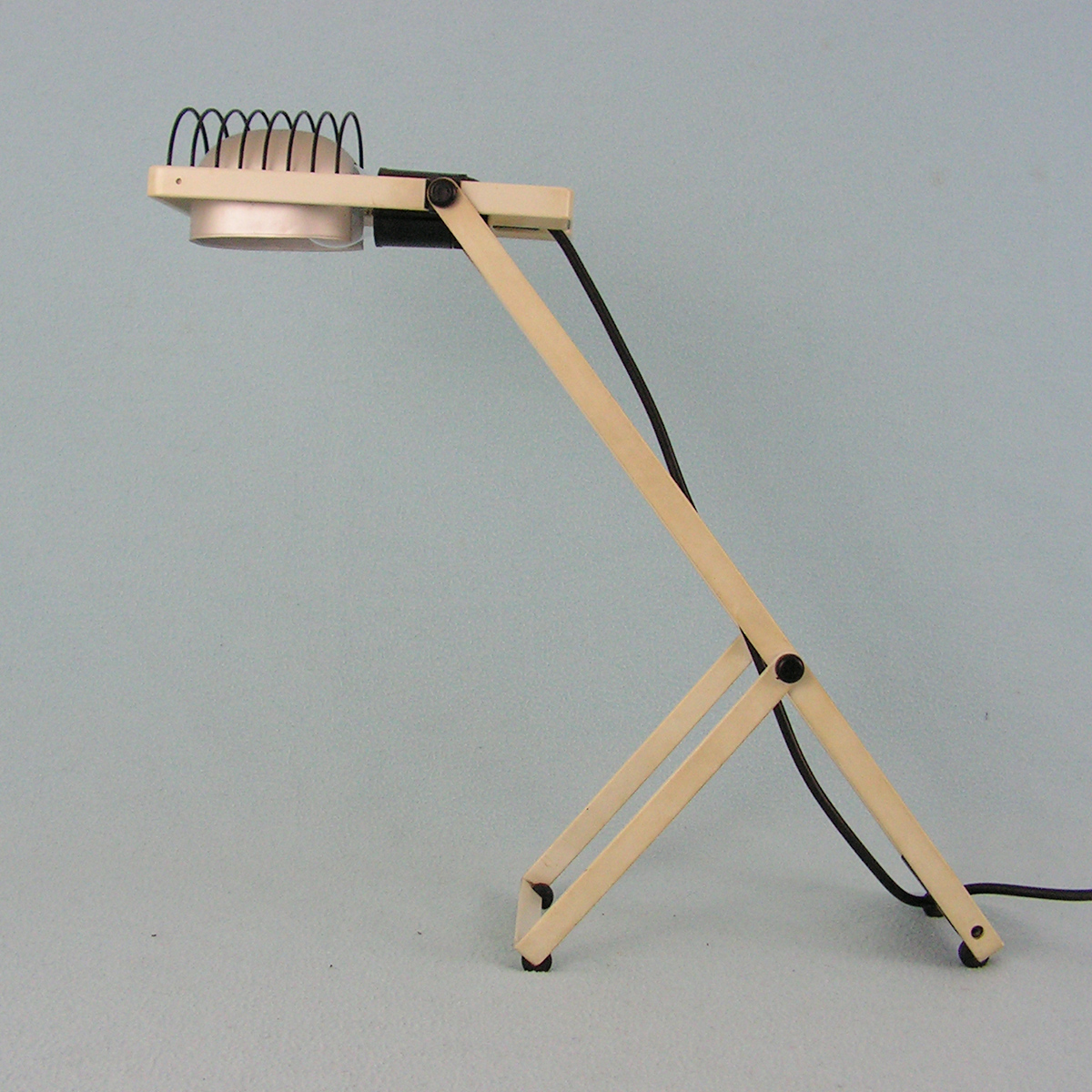vintage desk lamp sintesi