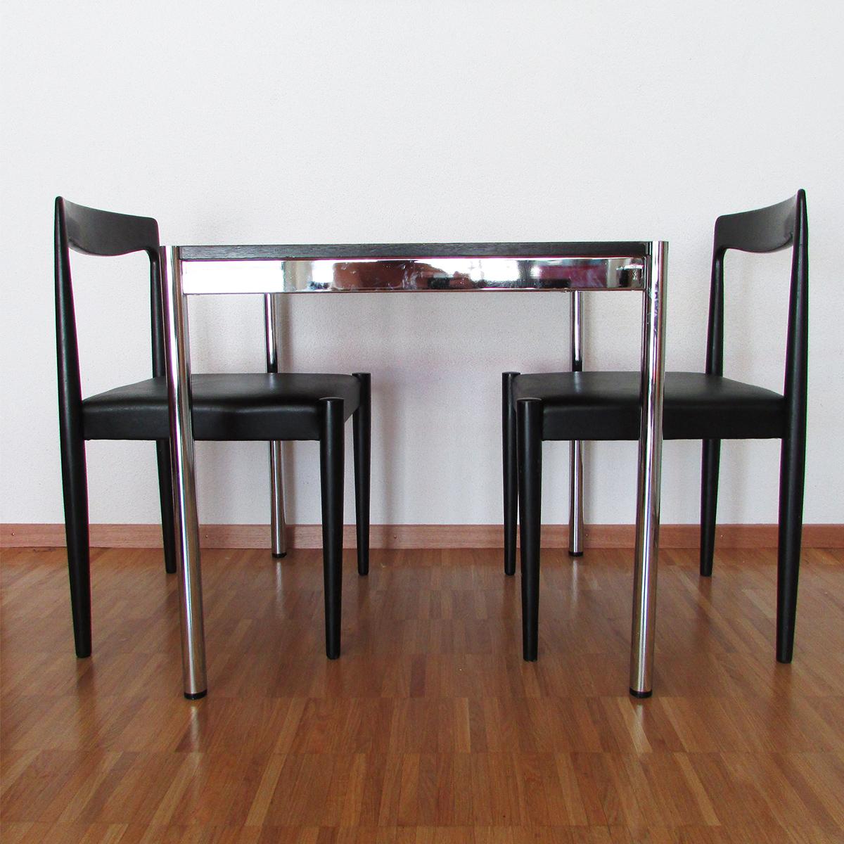 usm-table-swiss-design