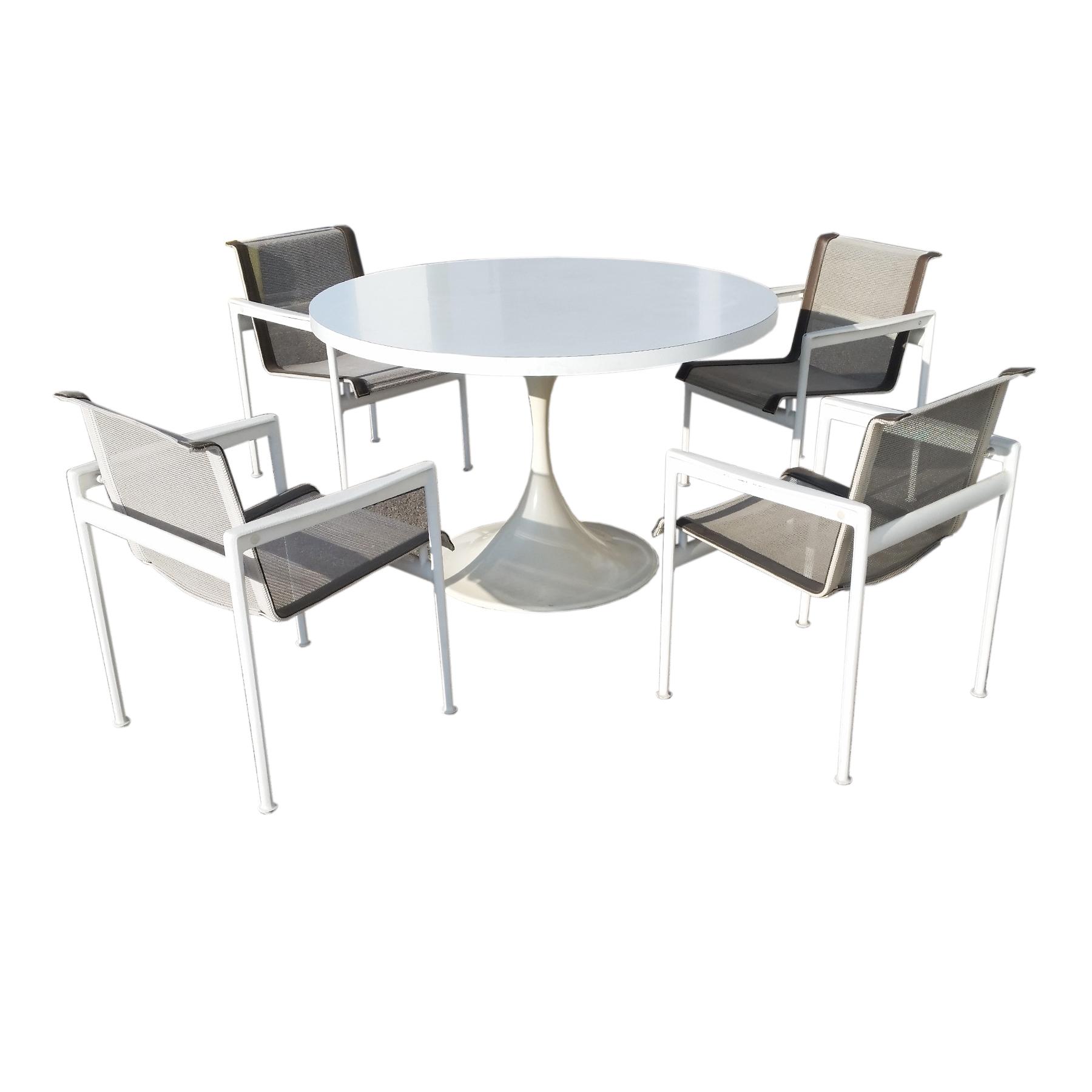 set-4-knoll-outdoor-chair-schultz