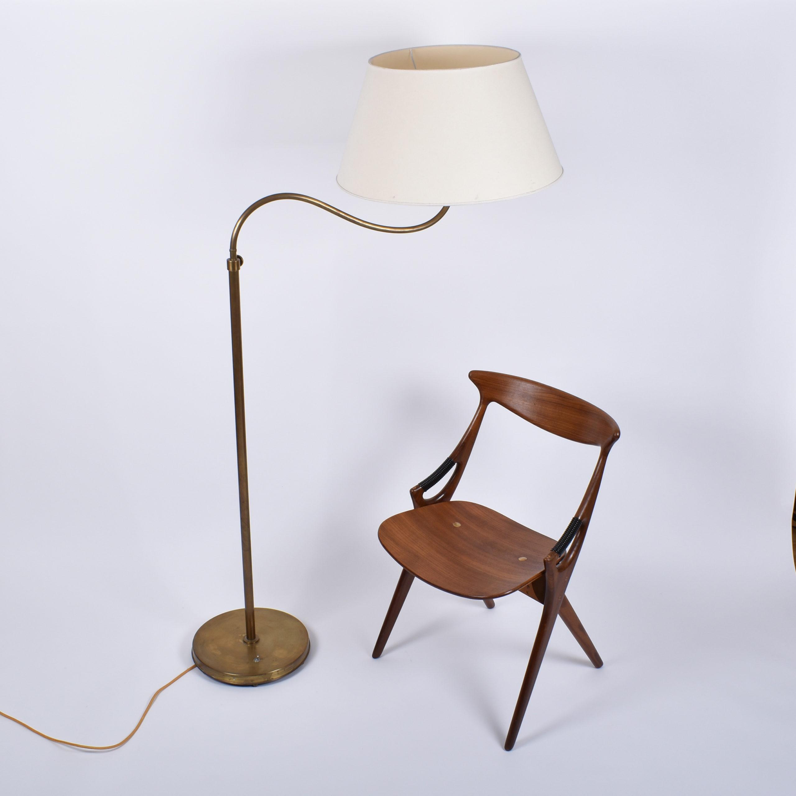 böhlmarks camel brass lamp