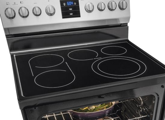 kitchen ranges narrow base cabinet best range buying guide consumer reports expandable elements bridge and oval burner