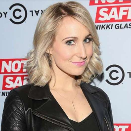 Nikki Glaser | Bio - biography,stand up,instagram,salary,net  worth,career,and more
