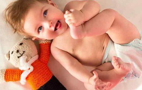 How Long Babies Wear Diapers