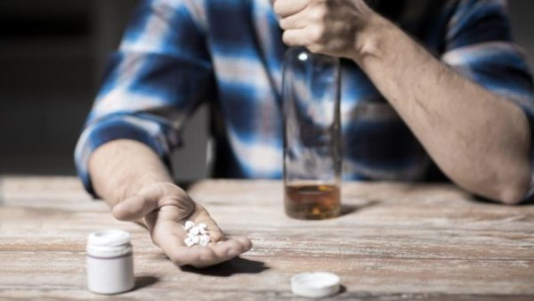 Does Alcohol Affect Antibiotics, What Are The Risks?