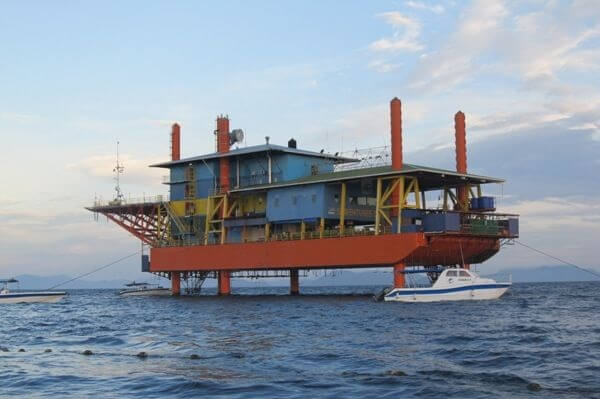 The Seaventures Dive Rig Malaysia