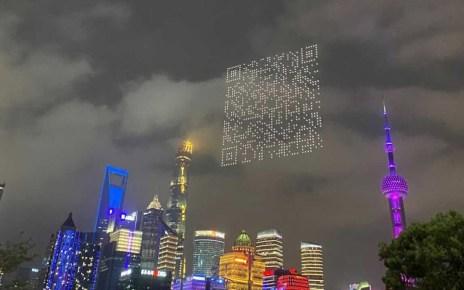 Droni sul cielo di Shangai formano un QRCode