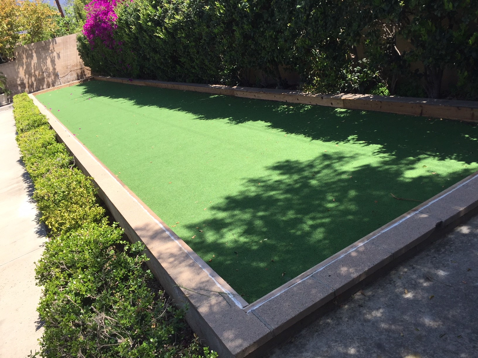 13 Small Backyard Ideas for Artificial Grass - Buy, Install and