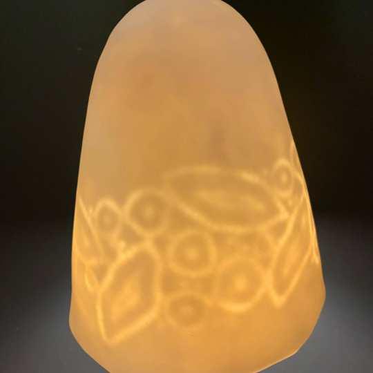 Lampe Dentelle L - Cordon Noir Porcelaine Mate