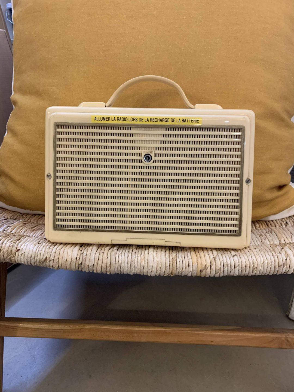 Radio Vintage Finition Signature (A.bsolument)